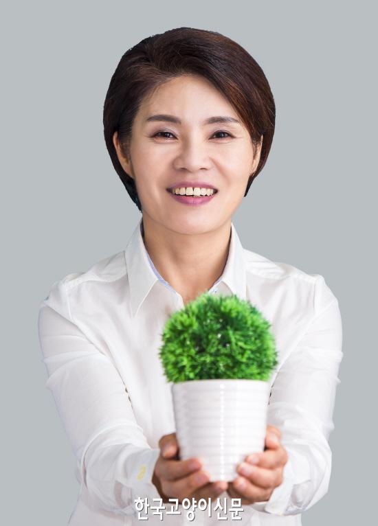 resize_한정애 국회의원(더불어 민주당)_프로필.jpg