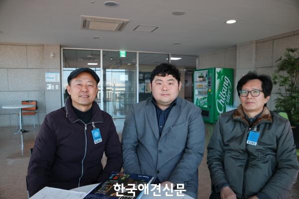web_11홍익표윤석민비서관방문_180115.jpg
